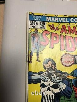 AMAZING SPIDER-MAN # 129 1ST APPEARANCE OF THE PUNISHER With Marvel Stamp CGC